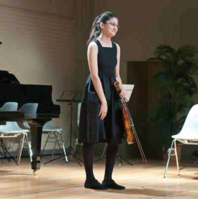 Amia Janicki, violon, au Point favre, février 2011