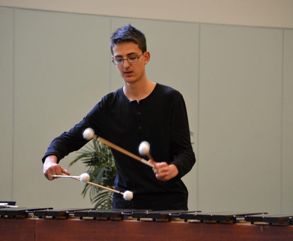 Thomas Soldati au marimba pendant le concours.