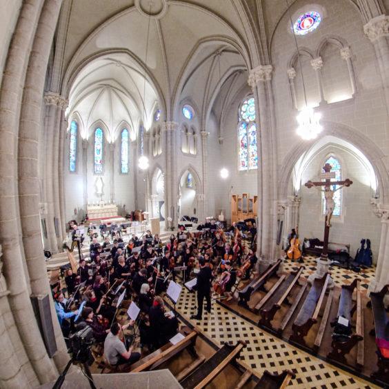 Vue 360 degrés d'un concert à Lancy, Eglise Notre-Dame-des-Grâces, février 2020