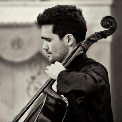 Raphaël Abeille au violoncelle